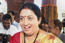 Smriti Irani Stops to Check on Ailing Woman, Gets Her Admitted to Hospital in Amethi