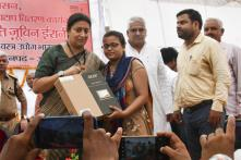 Smriti Irani Turns Santa as She Doles Out 240 Laptops in Amethi, Then Attends Mass Baby Shower