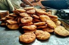 Aligarh's 'Kachori Wala' Stumps Tax Sleuths with Annual Turnover of Rs 60 Lakh