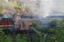 3 Rlys Staffers Dead, 4 Hurt After Howrah-Jagdalpur Express Collides, Catches Fire in Odisha