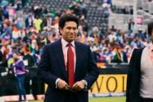 Sachin Tendulkar Arrives to Loud Cheers from Fans at Old Trafford for India vs Pakistan World Cup Match