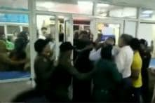 Irate Crowd Ransacks Delhi Hospital Over Rape of 6-year-old, Video Goes Viral