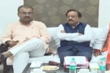 At Meeting to Discuss Encephalitis in Bihar, Health Minister Caught Up With India-Pak Cricket Fever