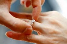 Woman Loses Ring During Vacation, Husband Secretly Goes Back to Find it 8 Months Later
