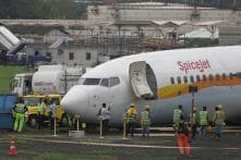 DGCA Suspends 2 SpiceJet Pilots for a Year after Their Aircraft Overshot Runway at Surat Airport