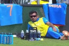 Chahal 'Chilling' on the Boundary Rope During India-Sri Lanka Game Has Brought a Picnic of Memes
