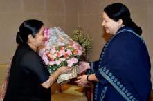 Sushma Swaraj with Indian Political Heavyweights; See Photos