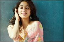 Janhvi Kapoor Borrows Money From Driver to Give to Street Kid, Fans Say Sridevi Would Be Proud