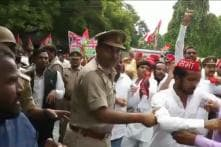 Samajwadi Party Stages Protests Against Yogi Adityanath's 'Jungle Raj' in UP, Akhilesh Absent