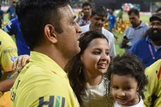 MS Dhoni Celebrates IPL Win with Wife Sakshi & Daughter Ziva