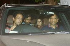 MS Dhoni & Sakshi Dhoni Dine Out With Salman Khan's Aide