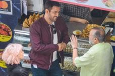 MS Dhoni Spotted Shooting an Ad with Shahid Kapoor's Father