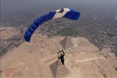 Sky Diving in Egypt: Sky Divers' POV Offers Spectacular View of the Pyramids