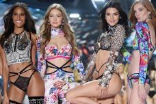 Victoria's Secret Fashion Show '18: Supermodels Scorch the Runway