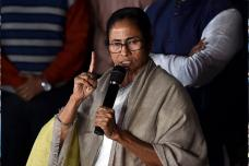 News18 Explains: The Back Story Behind the 'Unprecedented' Mamata vs CBI Standoff in Kolkata