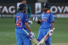 Rohit & Dhawan Slam Tons as India Crush Pakistan to Seal Final Spot