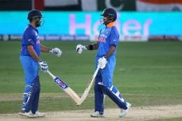 India vs New Zealand, Live Cricket Score, 1st ODI at Napier: India in Commanding Position at Dinner
