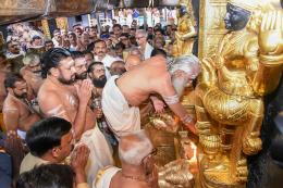 Sabarimala LIVE: Supreme Court to Hear Writ Petitions Only After Orders on Review Pleas