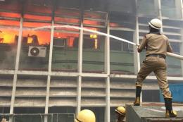 AIIMS Patients Shifted to Safdarjung Hospital as Fire Creates Panic, Docs Say Many Had Difficulty Breathing