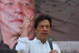 Rattled by UN Security Council Snub on Kashmir, Imran Khan 'Warns' World of India's Nuclear Arsenal