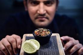 3 Cunning Tricks Restaurants Use to Make You Splurge