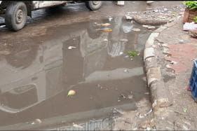 Citizen Journalist: Waterlogging a Common Sight in East Delhi During Rains