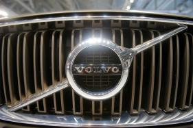 Volvo Shifts Production to Steer Clear of Tariffs, Pursuing Record Sales