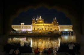 British Diplomat Apologises After He Calls Golden Temple a Mosque