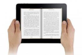 E Books Vs Paperback: Is Digitalization Taking Over the World of Publishing?