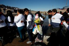 US Centers Allegedly Force Migrant Children to Take Drugs