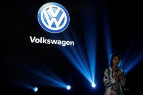 Volkswagen Assigns $25 Billion in Battery Orders in Electric Car Drive