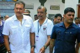 Ravi Shastri & Shikhar Dhawan Seek Divine Help Ahead of Decider
