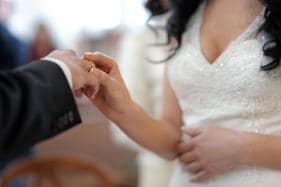 Marriage Can Make You Crazy, But it Deters Dementia Too