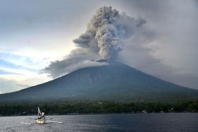 Flights Resume as Bali's Volcano-hit Airport Gets Back to Business