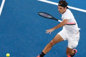 Australian Open: Federer Seals Passage to Second Round in Dominating Style