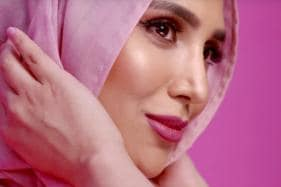 In A First, A Hijab-Wearing Model Has Become The Star Of A Hair Commercial