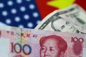 Stocks Tumble as Global Trade War Flares up
