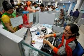 Currency Supplies Improved But Cash Crunch Persists, Say Bank Officials