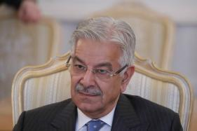 Pakistan Foreign Minister Khawaja Asif Disqualified from Parliament Over UAE Work Permit