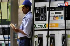 Petrol, Diesel Prices Hiked for 10th Day in a Row, Govt Says Working on Long-term Solution