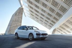 2019 Porsche Cayenne E-Hybrid Unveiled, Goes 0-100 Kmph in 4.7 Seconds