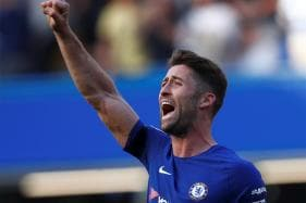 Giroud Header Helps Chelsea Beat Liverpool to Keep Top Four Hopes Alive