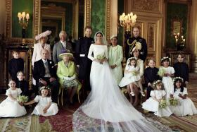 First Official Wedding Photos of Prince Harry and Meghan Markle