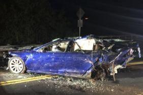 Tesla Model S Crashes Into San Francisco Area Pond, Man Dies