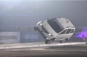 Chinese Stunt Drivers Create Guinness World Records for Driving on Narrowest Platform with Two Wheels [Video]