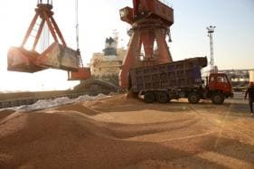 China Signals to State Giants: 'Buy American' Oil and Grains