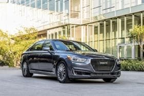 Hyundai Makes U-Turn on Genesis Retail Network