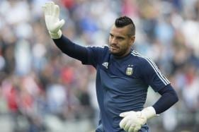 Argentina Goalkeeper Romero Out of World Cup With Knee Injury
