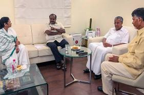 Four Powerful CMs Came to Delhi and Threw Their Weight Behind Arvind Kejriwal. Here's What They Said