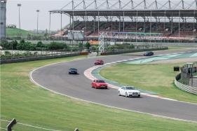 How to Drive Your Car On a Track Day - Easy Tips and Tricks